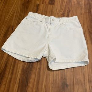 Levi's High Waisted Mom Short Size 8P